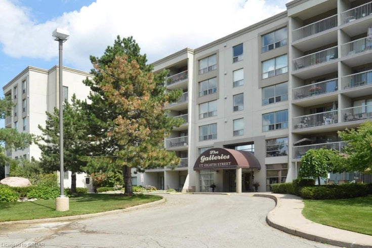 The Galleries Condo - 172 Eighth Street - Collingwood, Ontario