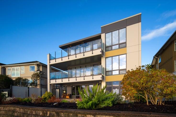 9667 First Street Condo Development, Sidney BC
