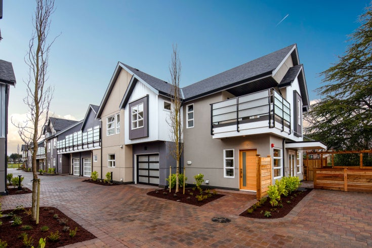 Seahaven Townhomes in Sidney BC
