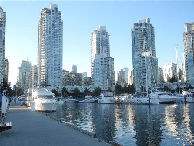 Aquarius I   --   1199 MARINASIDE CR - Vancouver West/Yaletown #2