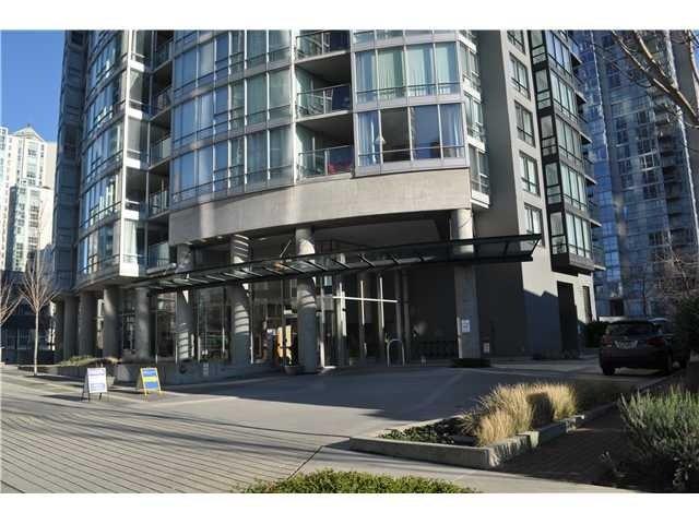 Azura I   --   1438 RICHARDS ST - Vancouver West/Yaletown #3