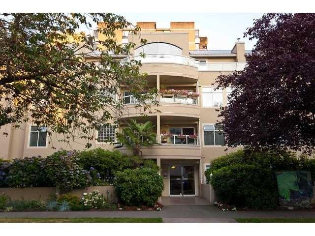Cambridge   --   950 BIDWELL ST - Vancouver West/West End VW #1
