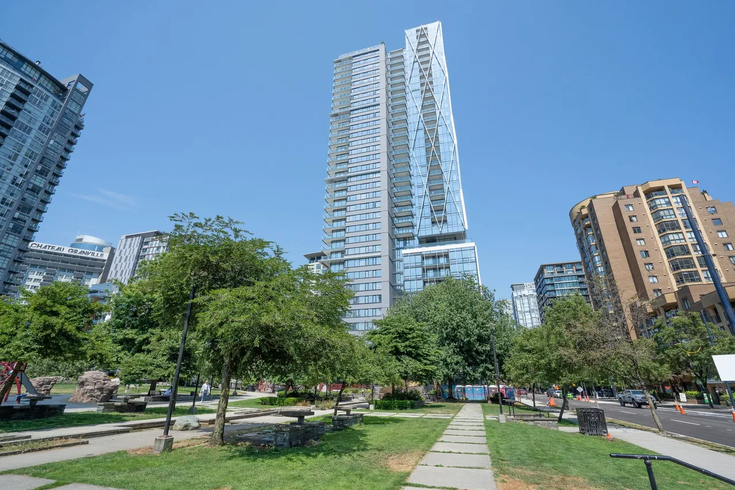 8X On The Park   --   1111 RICHARDS ST - Vancouver West/Yaletown #1
