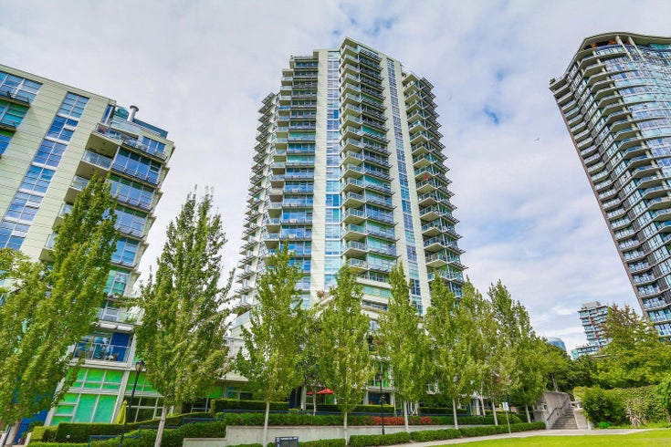 Icon 1   --   638 Beach Crescent - Vancouver West/Yaletown #1
