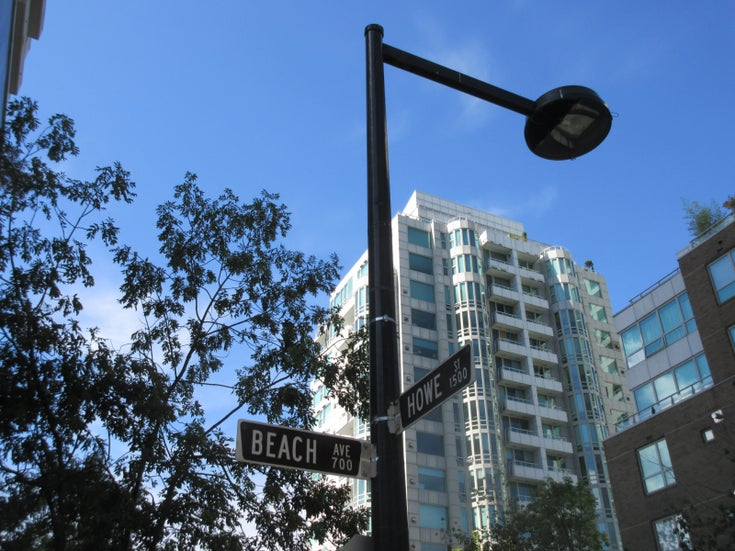 Beach Tower 1   --   1501 HOWE ST - Vancouver West/Yaletown #1