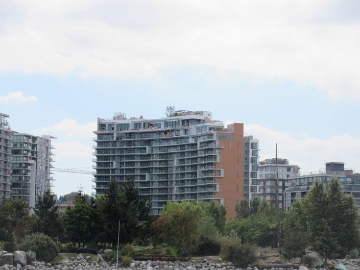 Avenue One   --   201 W 2ND AV - Vancouver West/False Creek #1