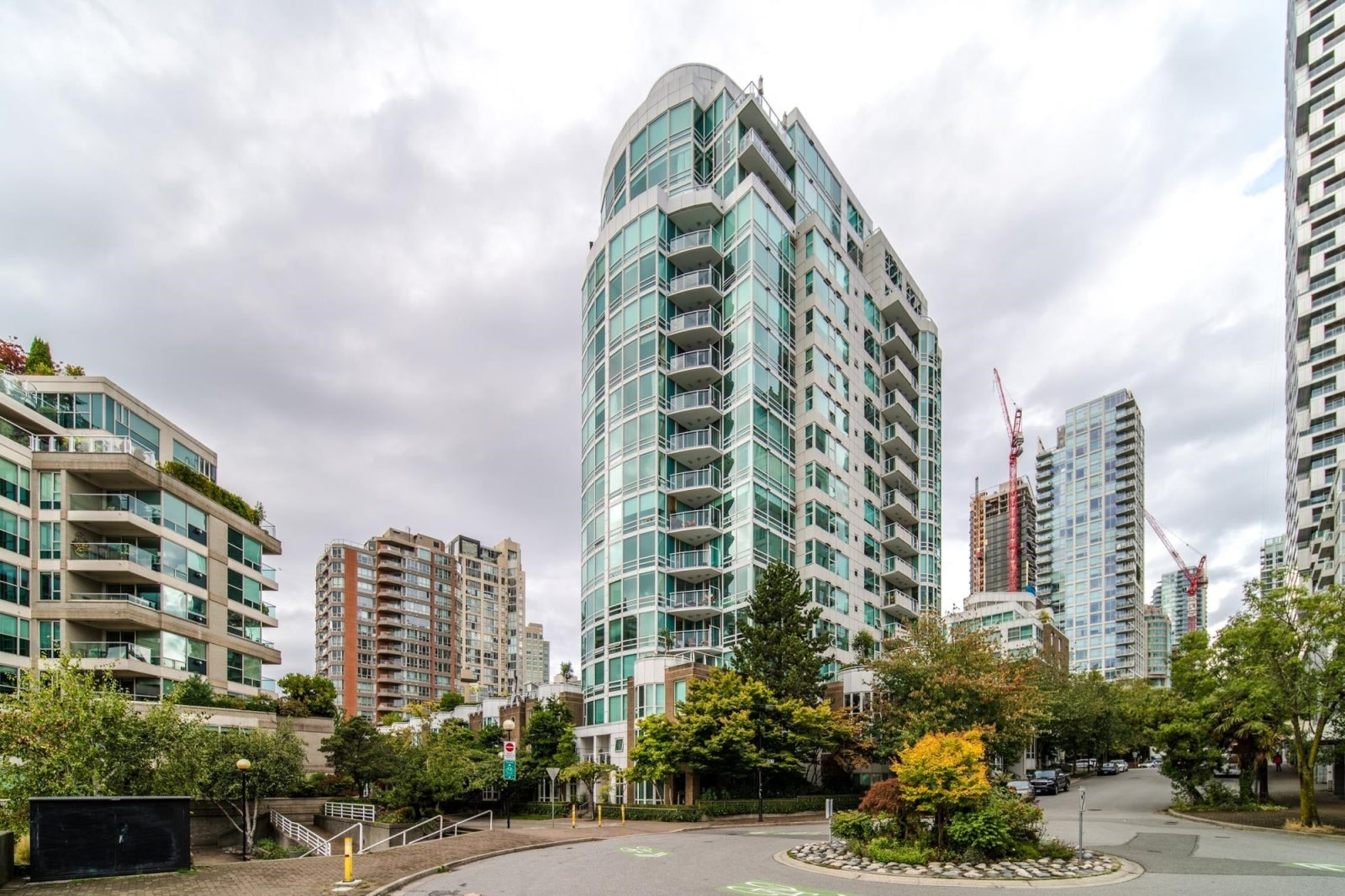 1702 1501 HOWE STREET - Yaletown Apartment/Condo for sale, 3 Bedrooms (R2621762) #20