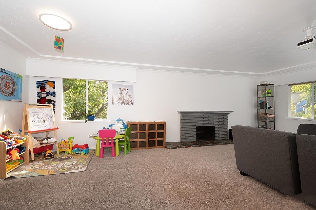 2925 W 11TH AVENUE - Kitsilano House/Single Family for sale, 7 Bedrooms (R2623875) #2