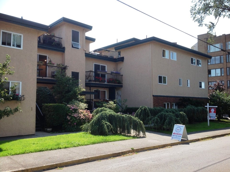 #9-101 St. Lawrence Street, Victoria BC THE BC HOME HUNTER GROUP