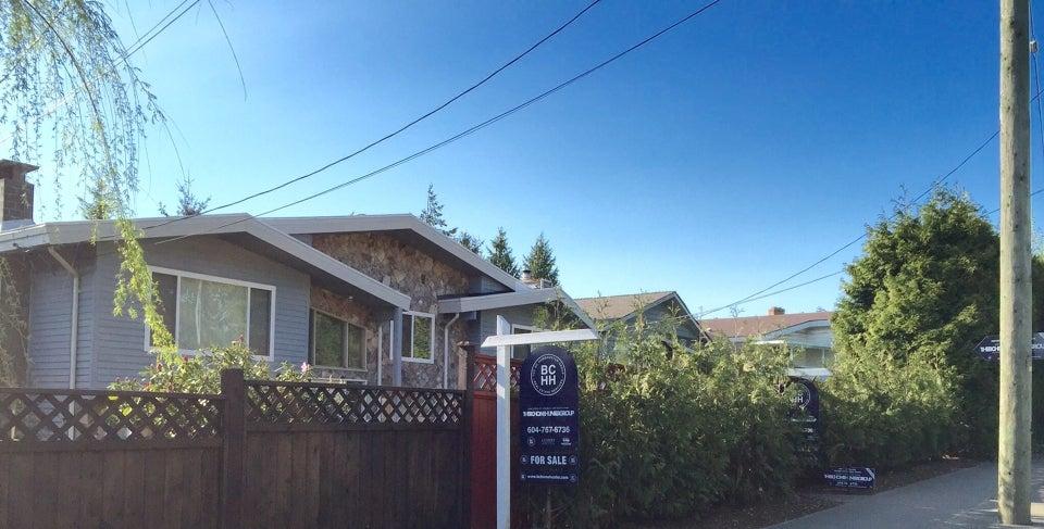 THE BC HOME HUNTER GROUP URBAN & SUBURBAN REAL ESTATE TEAM 8441 152 St. Surrey