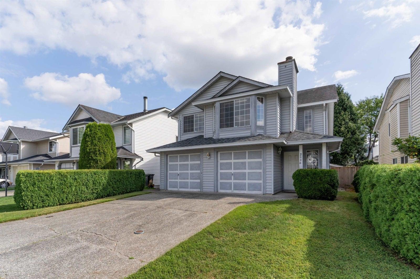 2556 RAVEN COURT - Eagle Ridge CQ House/Single Family for sale, 4 Bedrooms (R2611826) #1