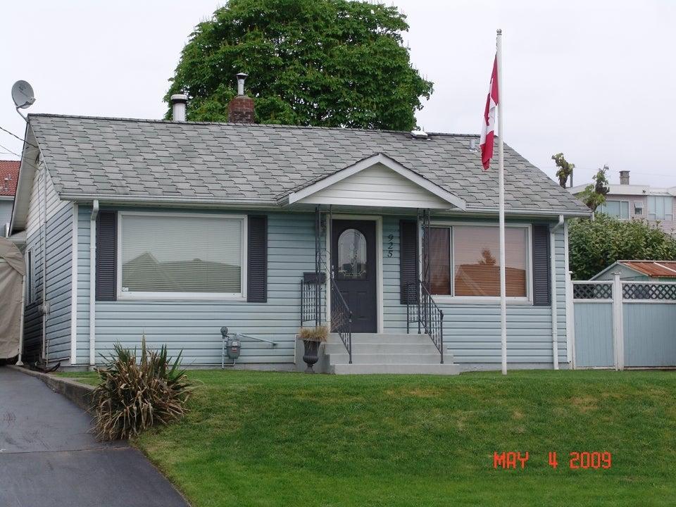925 Rochester Av - Central Coquitlam House/Single Family for sale, 1 Bedroom (V765074) #1
