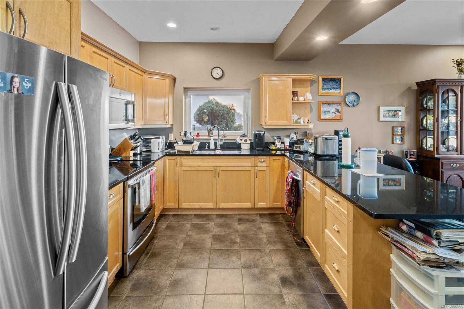 2454 Liggett Rd - ML Mill Bay Single Family Detached for sale, 4 Bedrooms (886988) #43