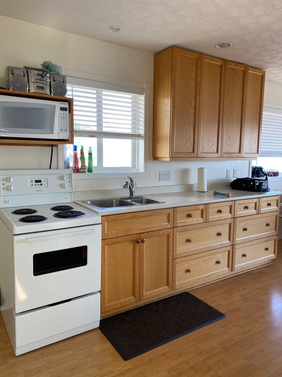 2471 S Island Hwy - Fully Furnished - CR Willow Point Single Family Detached for sale, 1 Bedroom  #4