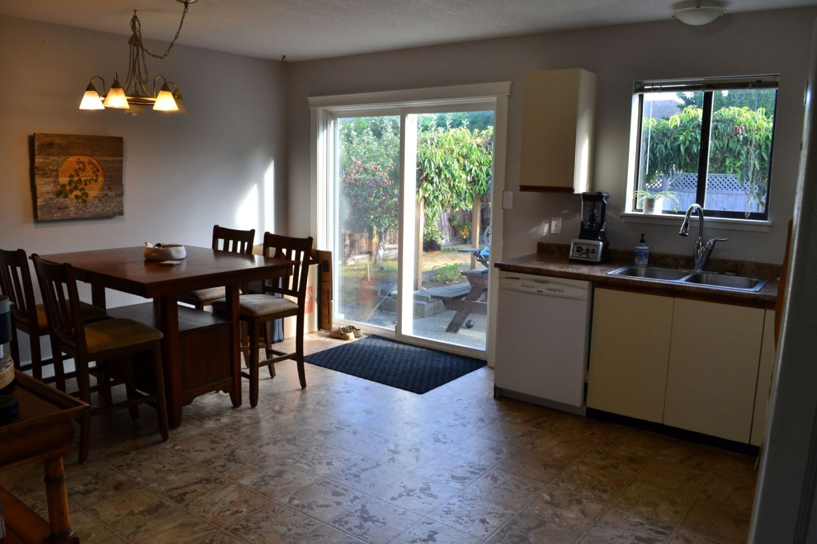 161 Utah Drive - Fully Furnished Short Term  - CR Campbell River South Single Family Detached for sale, 3 Bedrooms  #3