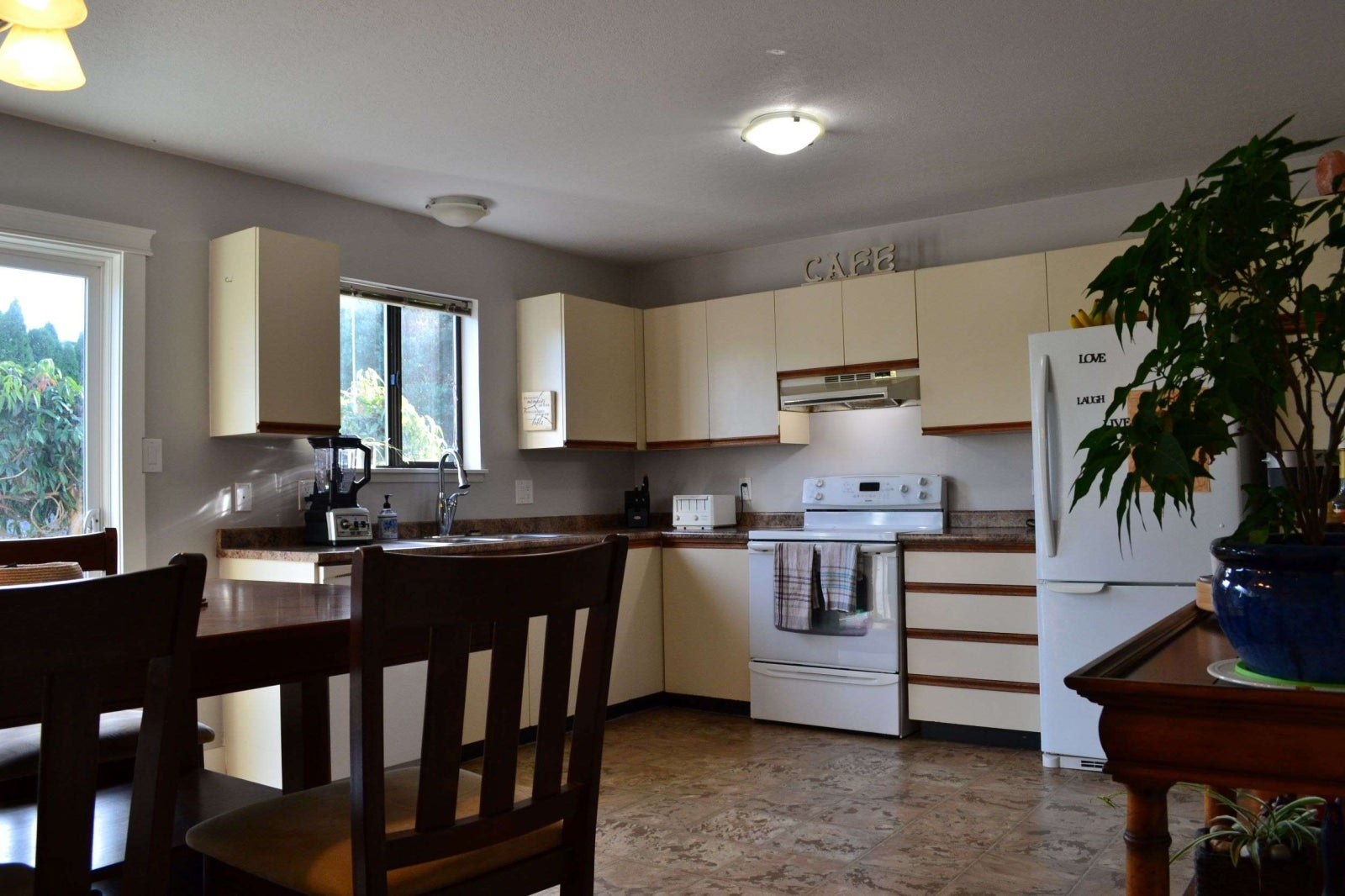 161 Utah Drive - Fully Furnished Short Term  - CR Campbell River South Single Family Detached for sale, 3 Bedrooms  #4