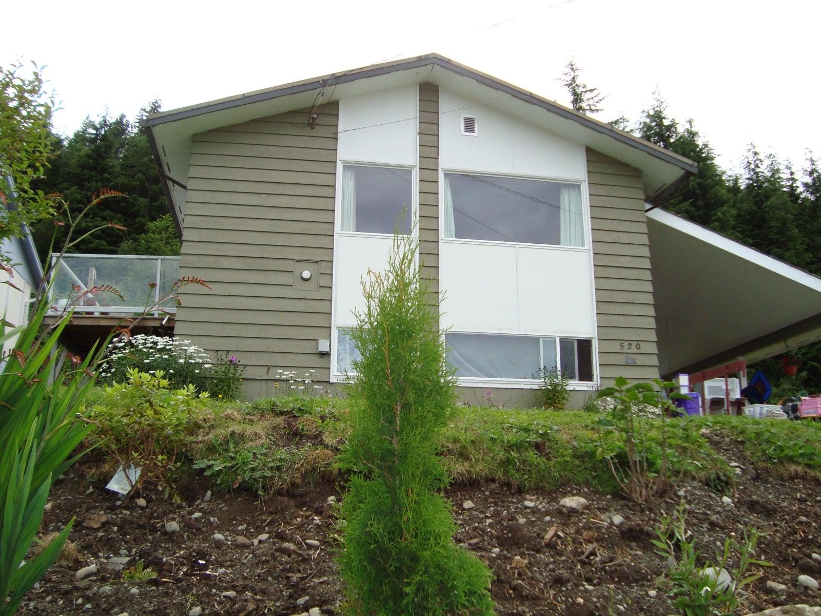 520 MacMillan - NI Kelsey Bay/Sayward Single Family Detached for sale, 3 Bedrooms  #1