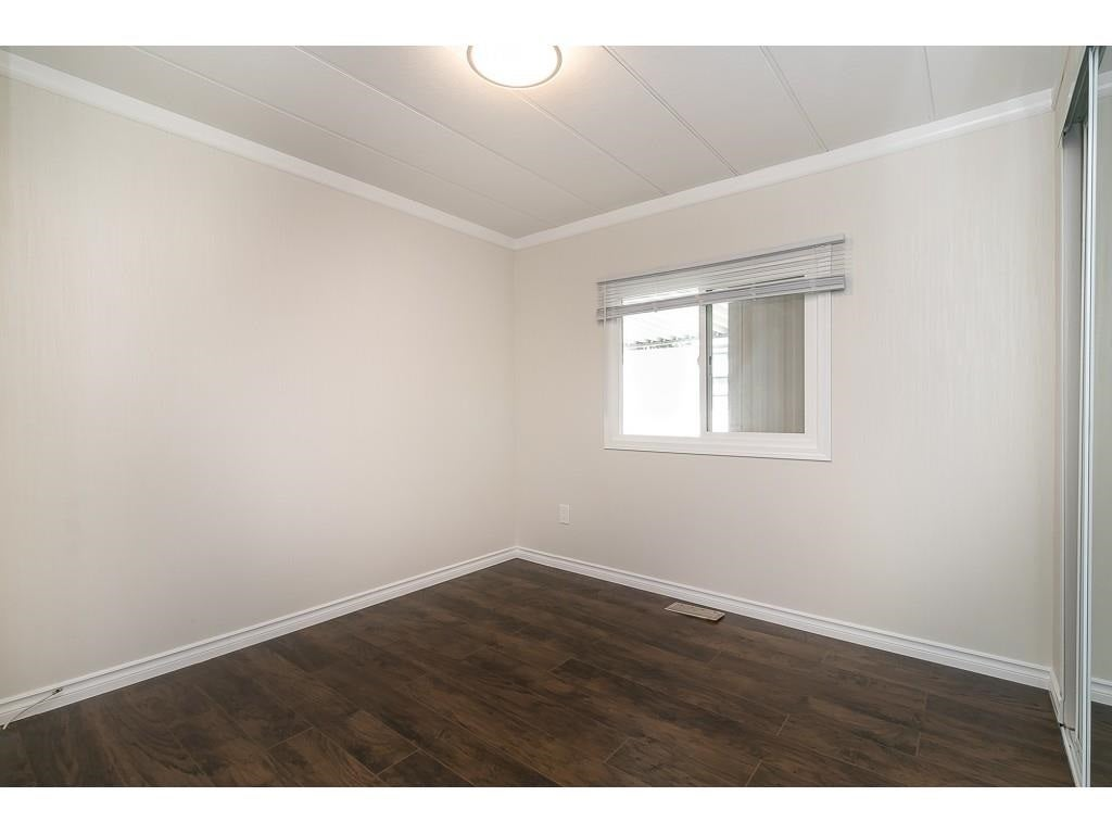 251 1840 160 STREET - King George Corridor Manufactured for sale, 2 Bedrooms (R2574472) #32