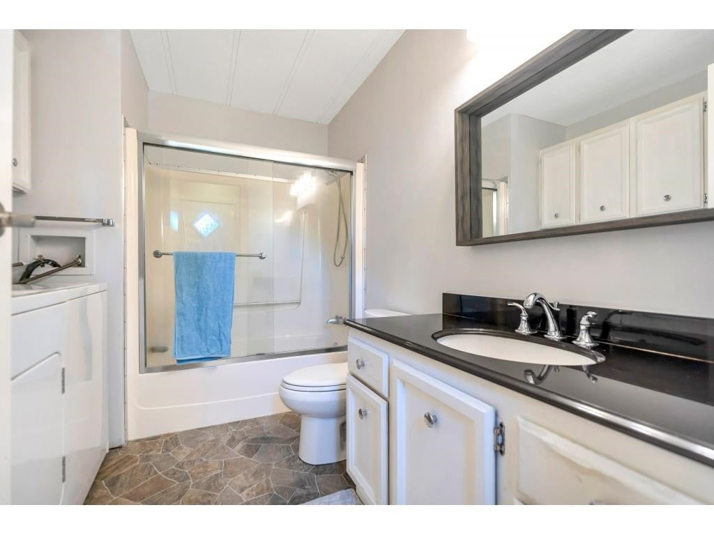 328 1840 160 STREET - King George Corridor Manufactured for sale, 2 Bedrooms (R2593768) #11