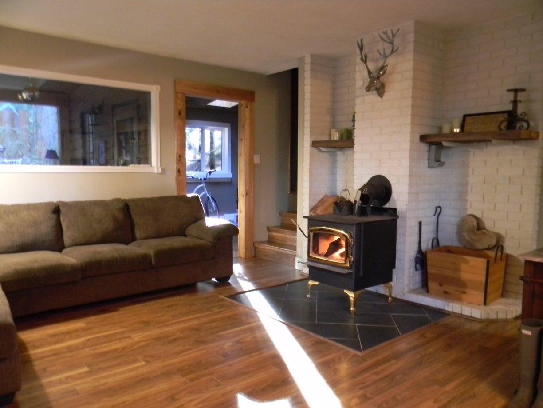 living room w/woodstove