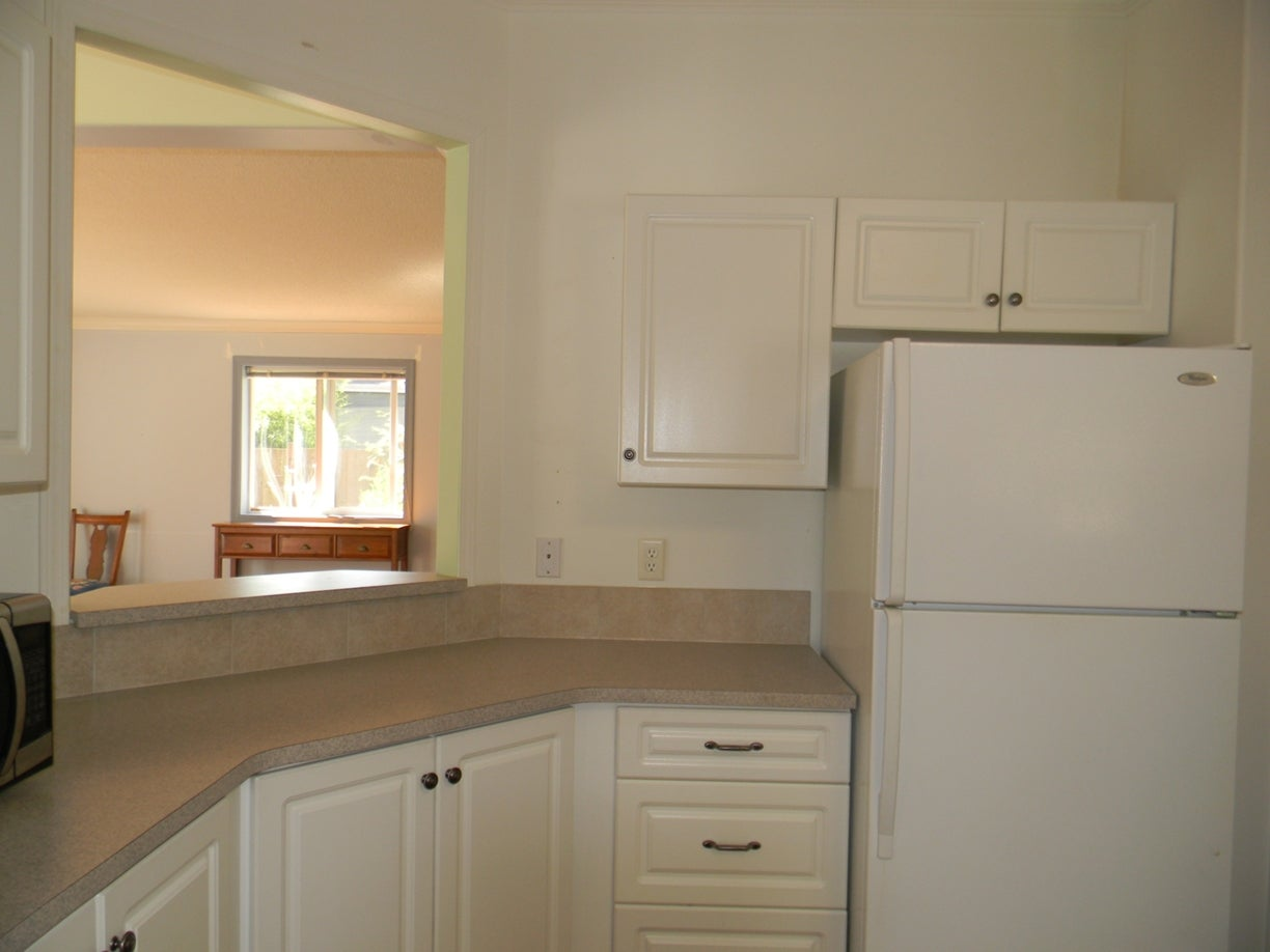 2424 White Ave - PQ Nanoose Manufactured Home for sale, 2 Bedrooms (397191) #5
