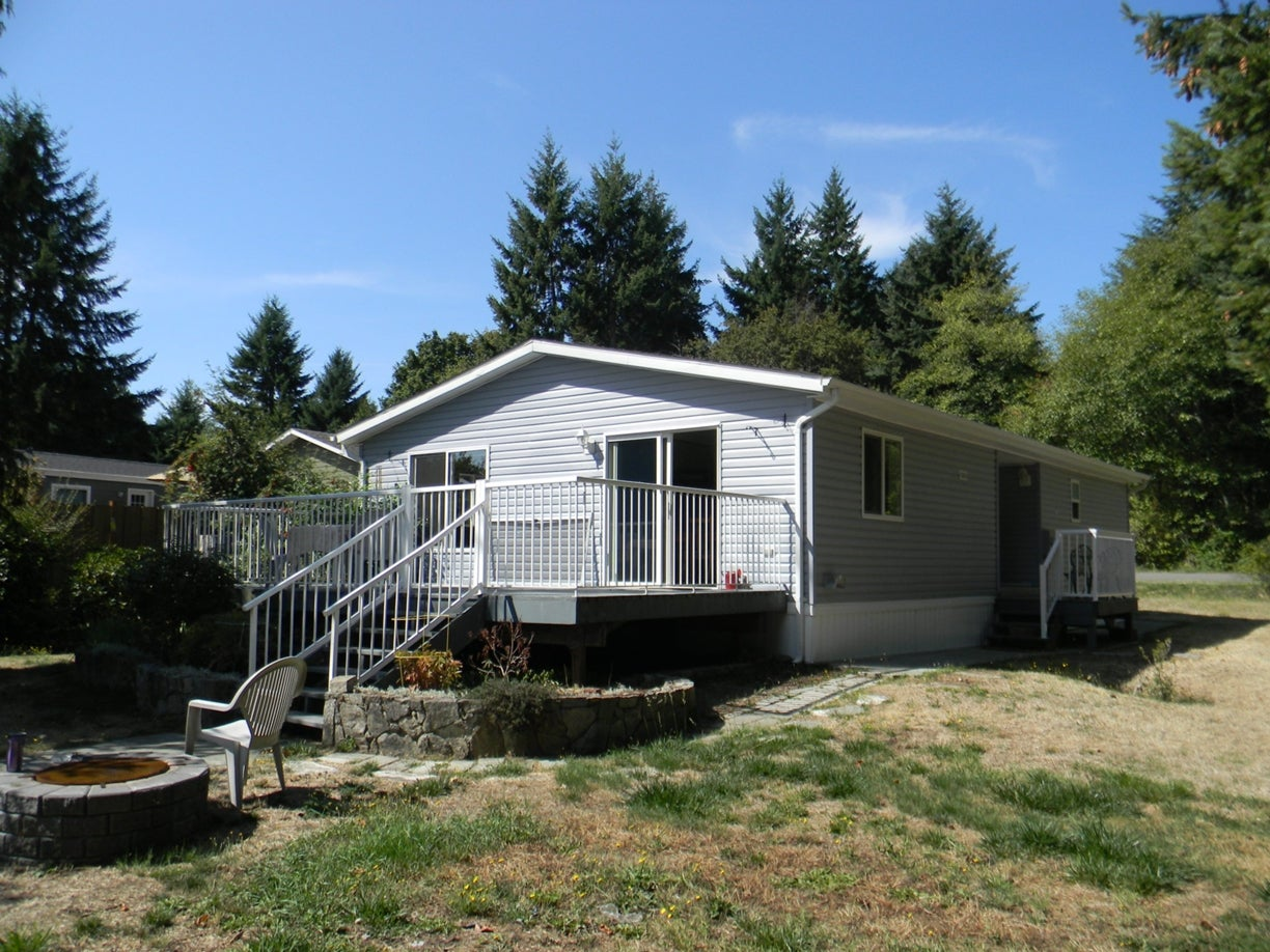 2424 White Ave - PQ Nanoose Manufactured Home for sale, 2 Bedrooms (397191) #1