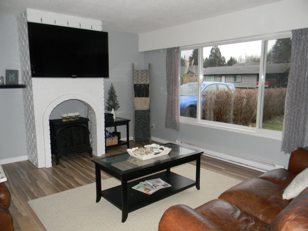 213 Stanford St West - PQ Parksville Single Family Detached for sale, 3 Bedrooms (418713) #5