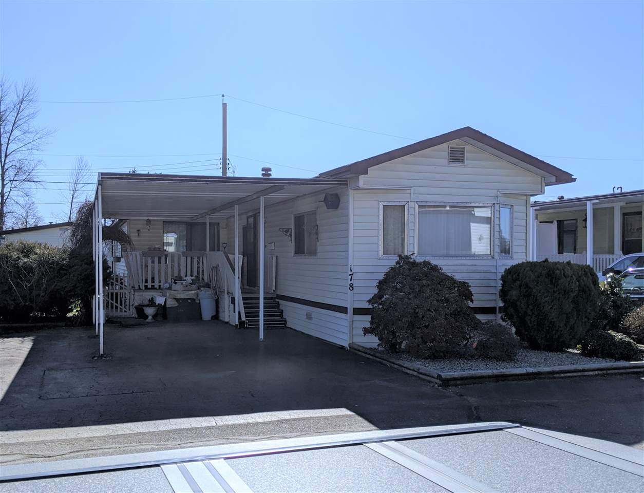 178 27111 0 AVENUE - Aldergrove Langley House/Single Family for sale, 2 Bedrooms (R2447034) #1
