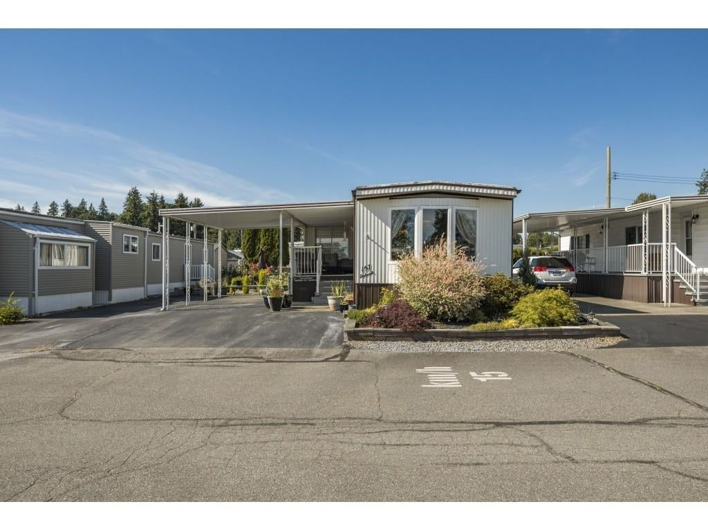 157 27111 0 AVENUE - Aldergrove Langley House/Single Family for sale, 2 Bedrooms (R2597222) #1