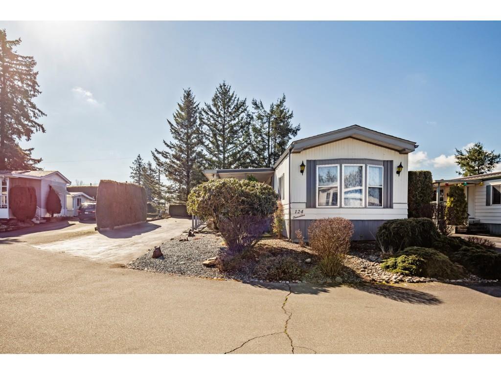 124 27111 0 AVENUE - Aldergrove Langley House/Single Family for sale, 2 Bedrooms (R2550677) #1