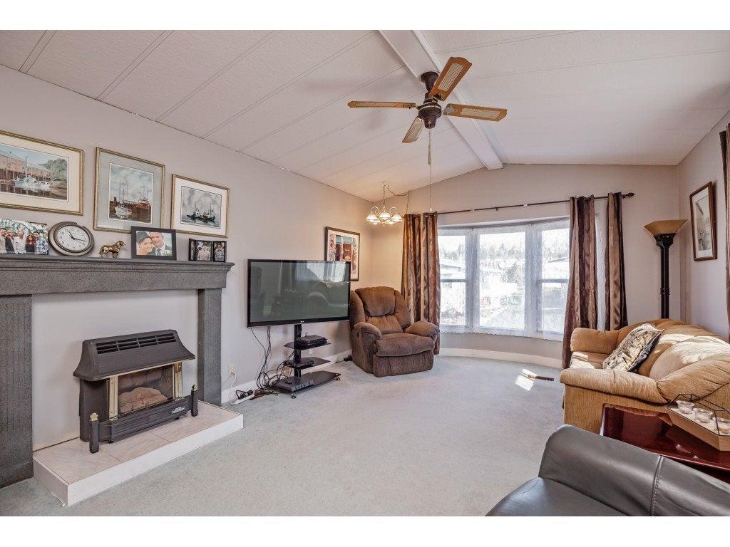 124 27111 0 AVENUE - Aldergrove Langley House/Single Family for sale, 2 Bedrooms (R2550677) #2