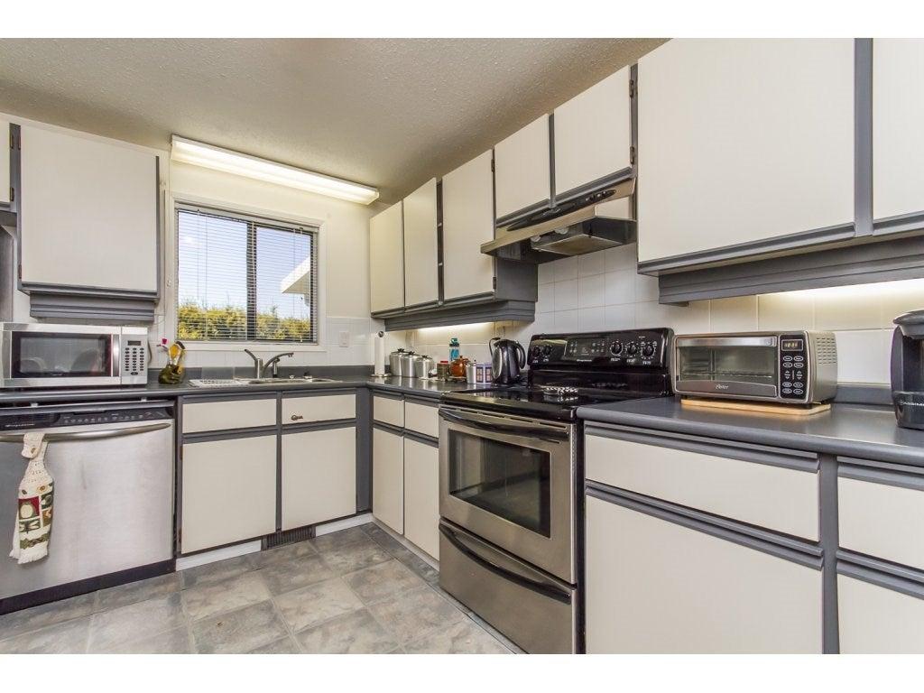 240 27111 0 AVENUE - Aldergrove Langley House/Single Family for sale, 2 Bedrooms (R2095045) #3