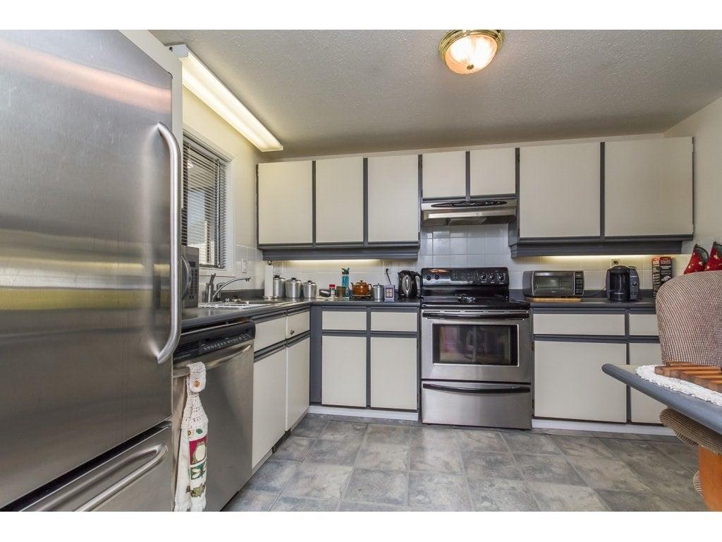 240 27111 0 AVENUE - Aldergrove Langley House/Single Family for sale, 2 Bedrooms (R2095045) #4