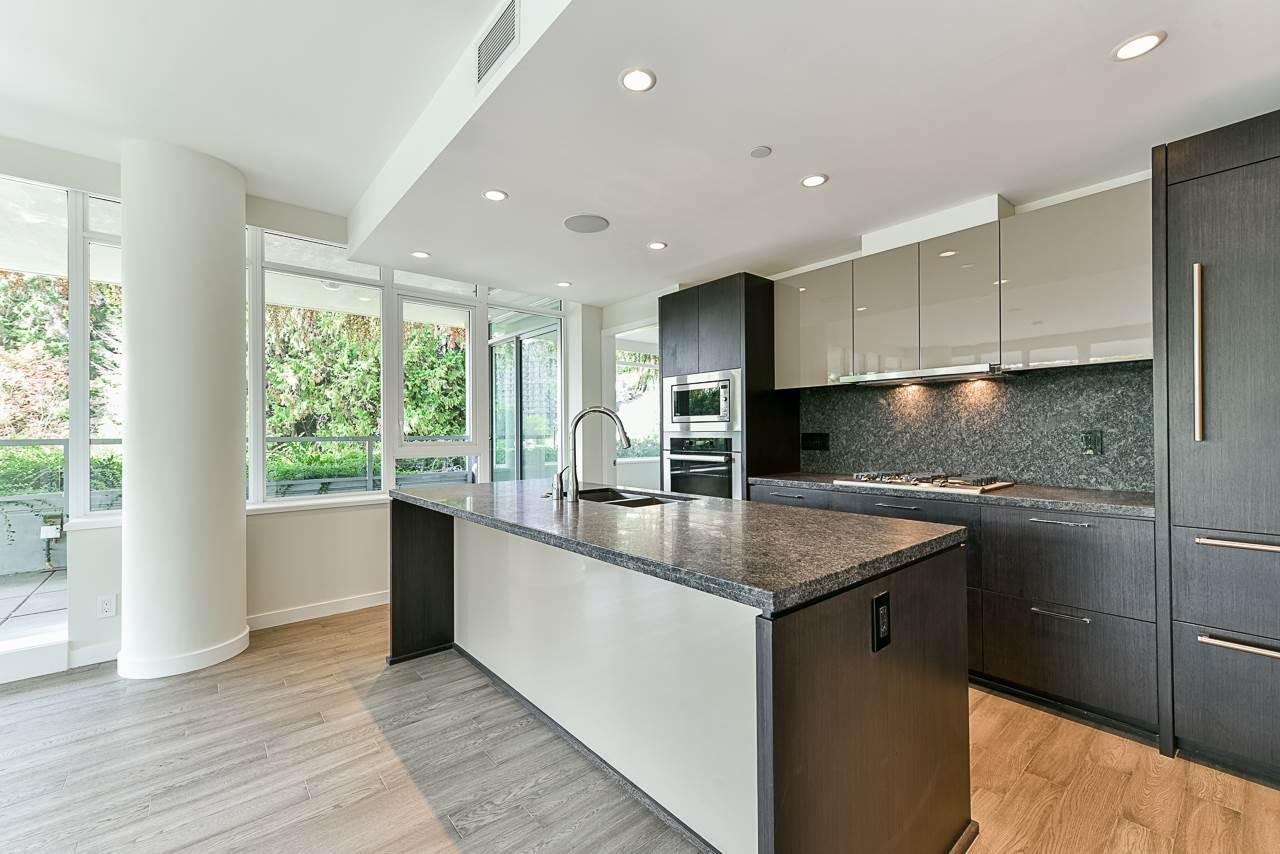 203 788 ARTHUR ERICKSON PLACE - Park Royal Apartment/Condo for sale, 2 Bedrooms (R2556551) #12
