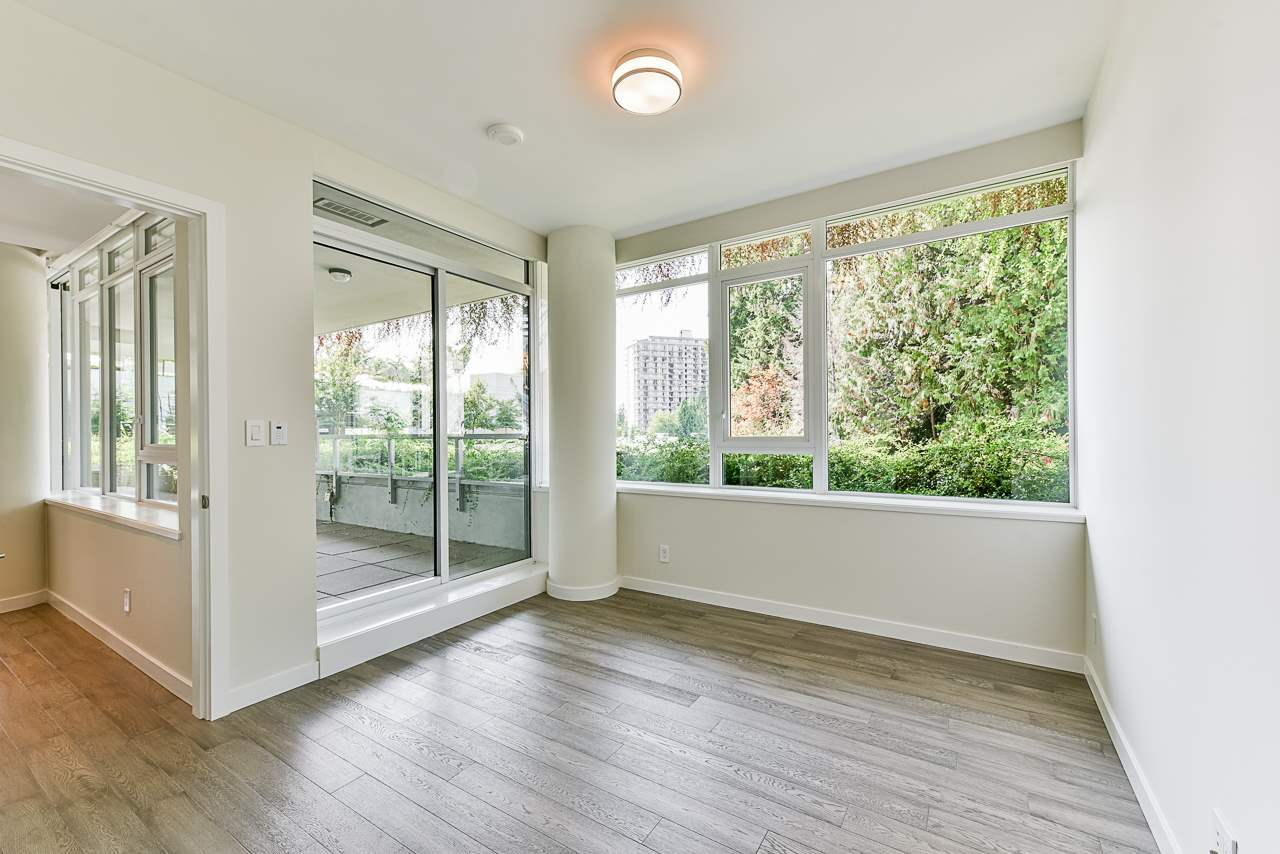 203 788 ARTHUR ERICKSON PLACE - Park Royal Apartment/Condo for sale, 2 Bedrooms (R2556551) #20