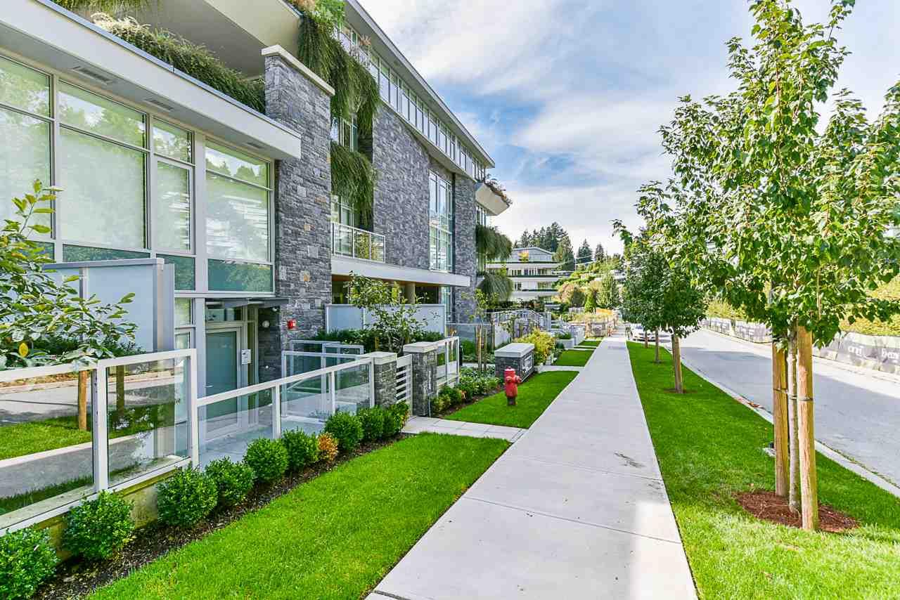 203 788 ARTHUR ERICKSON PLACE - Park Royal Apartment/Condo for sale, 2 Bedrooms (R2556551) #7
