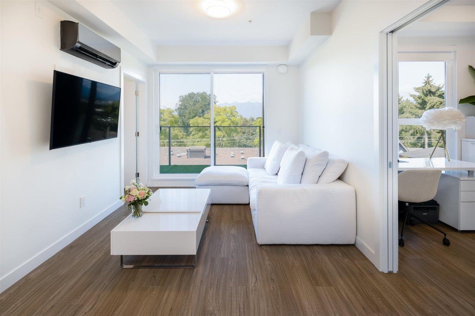 408 379 E BROADWAY AVENUE - Mount Pleasant VE Apartment/Condo for sale, 2 Bedrooms (R2599900) #1