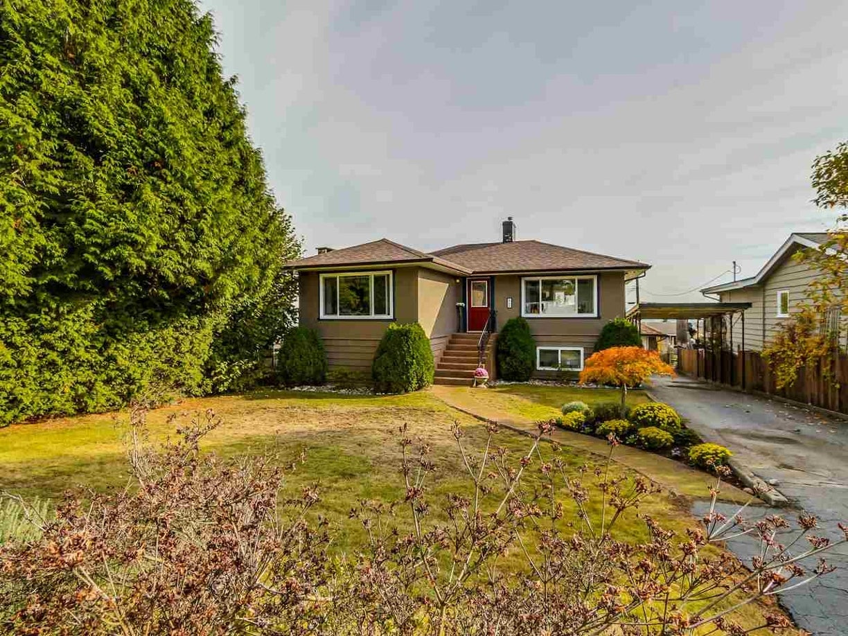 863 WHITCHURCH STREET - Calverhall House/Single Family for sale, 5 Bedrooms (R2011765) #2