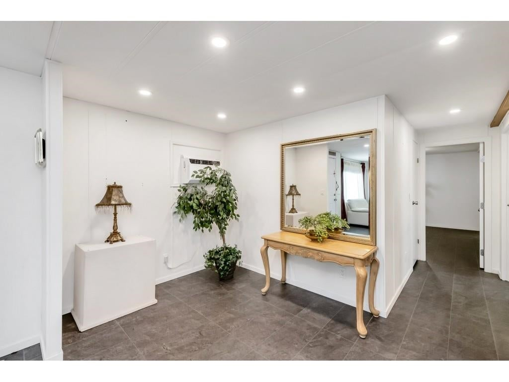 24 2306 198 STREET - Brookswood Langley Manufactured for sale, 2 Bedrooms (R2608861) #13