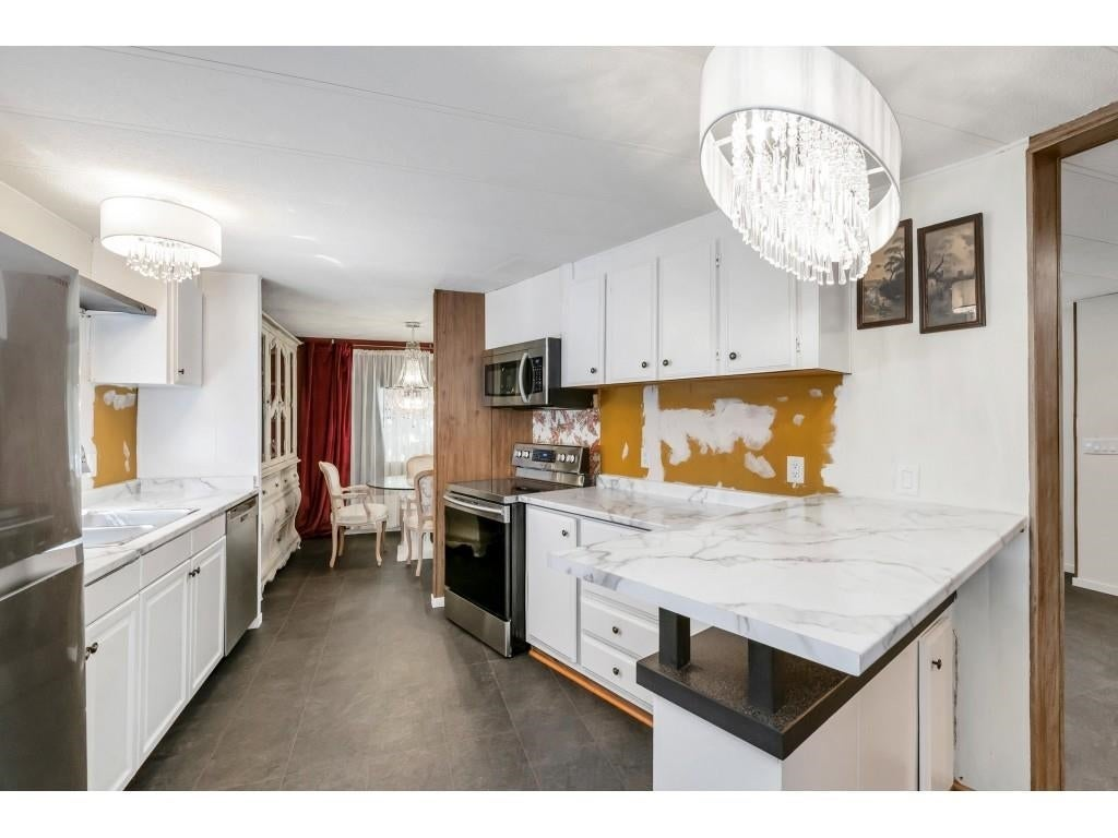 24 2306 198 STREET - Brookswood Langley Manufactured for sale, 2 Bedrooms (R2608861) #17