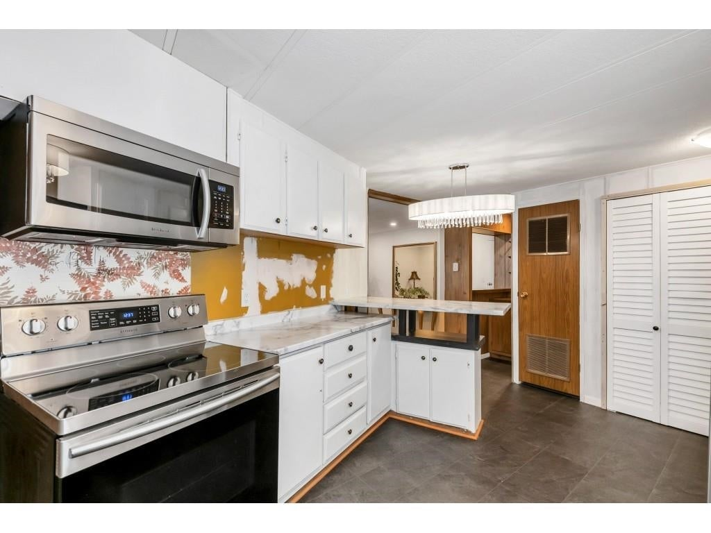 24 2306 198 STREET - Brookswood Langley Manufactured for sale, 2 Bedrooms (R2608861) #19