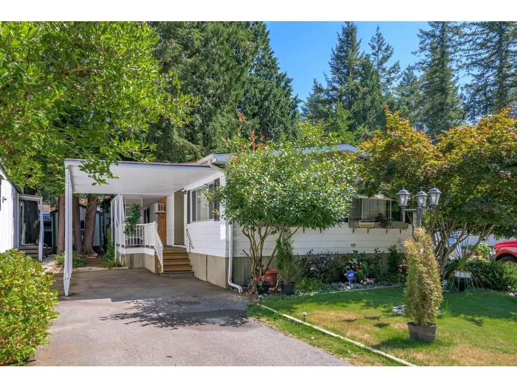 24 2306 198 STREET - Brookswood Langley Manufactured for sale, 2 Bedrooms (R2608861) #2