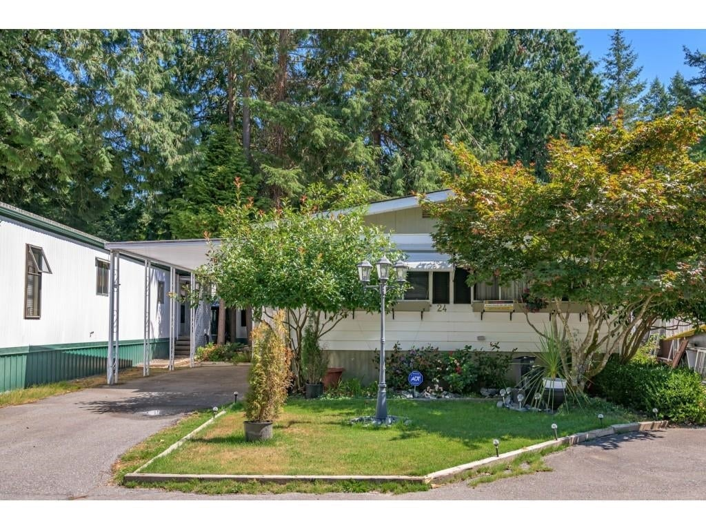 24 2306 198 STREET - Brookswood Langley Manufactured for sale, 2 Bedrooms (R2608861) #5