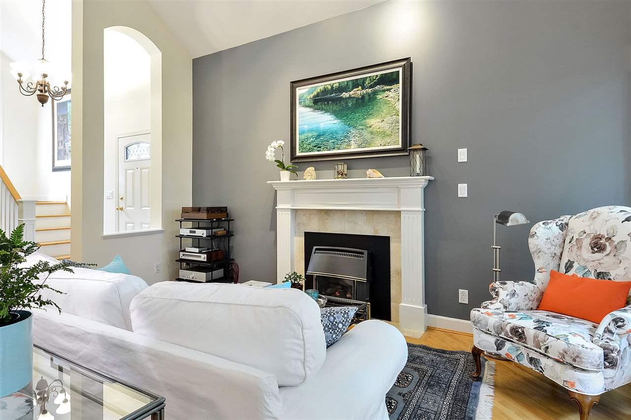 21-15055 20 Avenue South Surrey White Rock BC  - Sunnyside Park Surrey Townhouse for sale, 3 Bedrooms (R2461746) #2