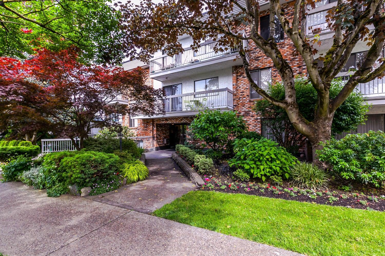 108 - 2080 Maple Street Vancouver B.C. V6J4P9 - Kitsilano Apartment/Condo for sale, 2 Bedrooms (R2177170) #1