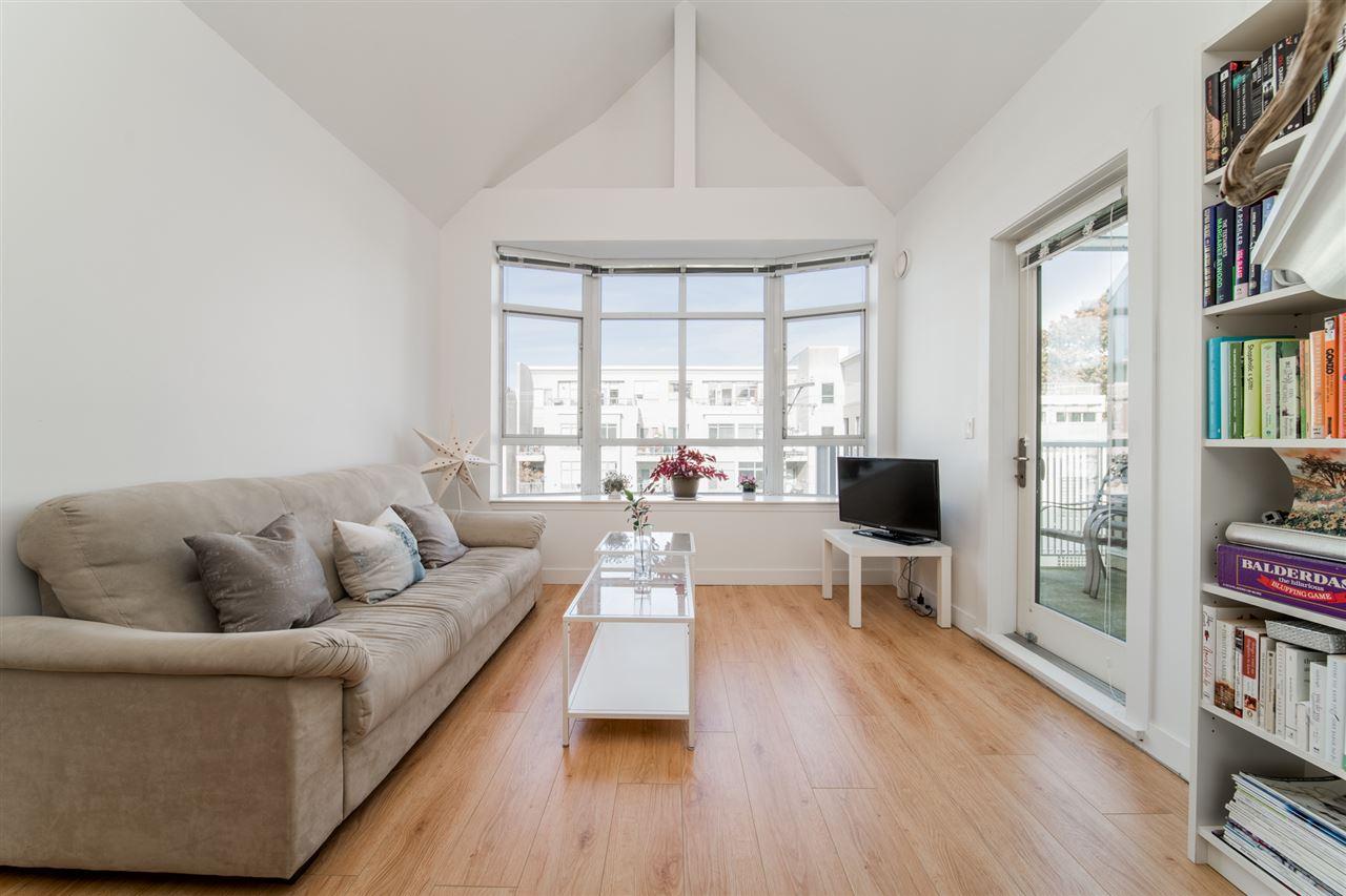 403-2755 Maple Street Vancouver BC V6J 5K1 - Kitsilano Apartment/Condo for sale, 2 Bedrooms (R2514516) #2