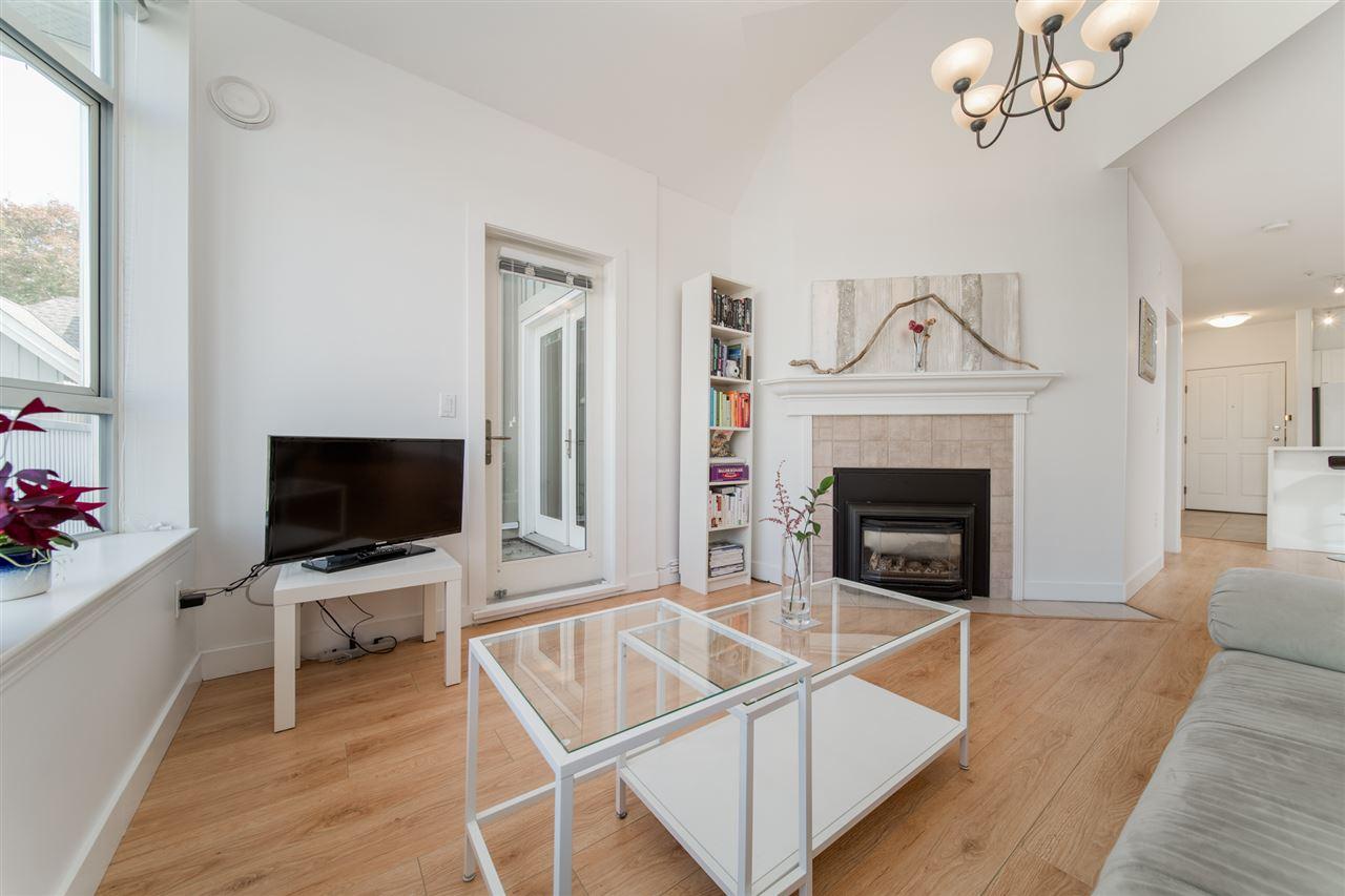 403-2755 Maple Street Vancouver BC V6J 5K1 - Kitsilano Apartment/Condo for sale, 2 Bedrooms (R2514516) #4