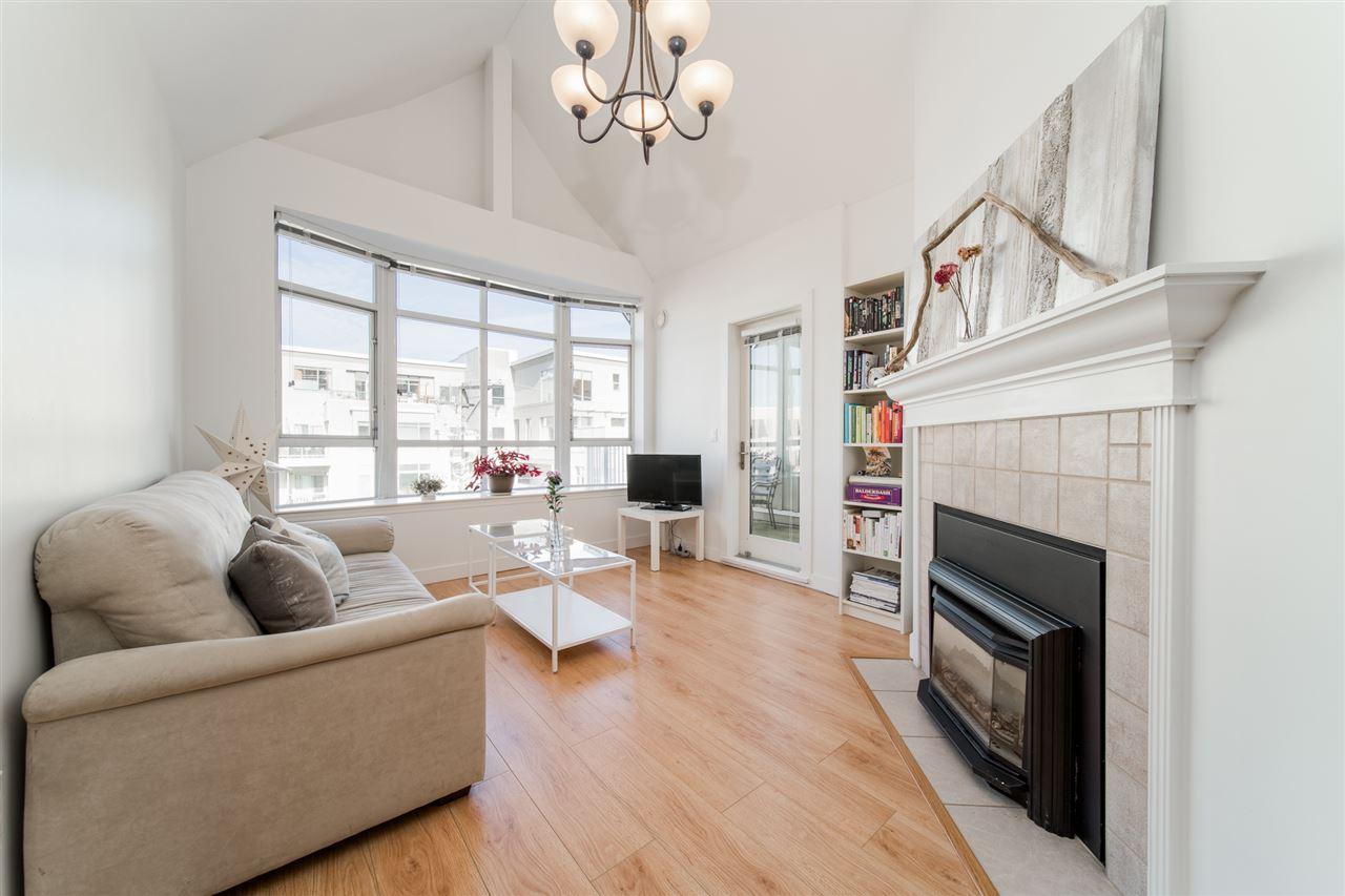 403-2755 Maple Street Vancouver BC V6J 5K1 - Kitsilano Apartment/Condo for sale, 2 Bedrooms (R2514516) #3