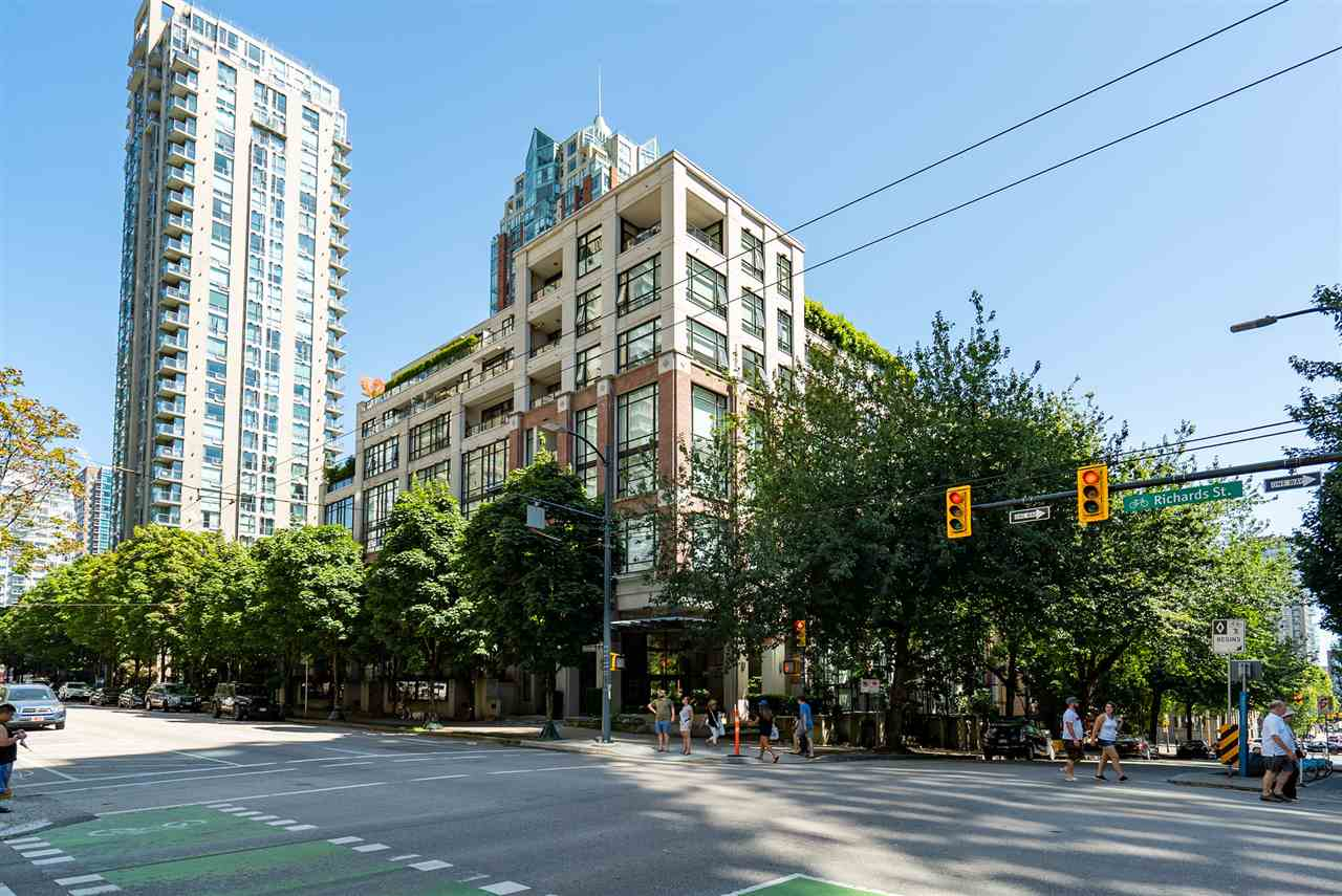 309-988 Richards Street Vancouver BC V6B 8R2 - Yaletown Apartment/Condo for sale, 1 Bedroom (r2525625) #1