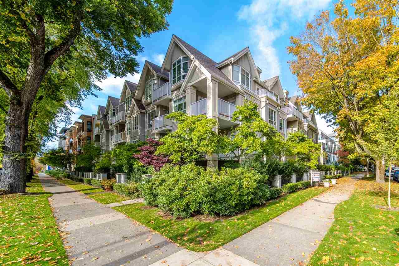 403-2755 Maple Street Vancouver BC V6J 5K1 - Kitsilano Apartment/Condo for sale, 2 Bedrooms (R2514516) #1